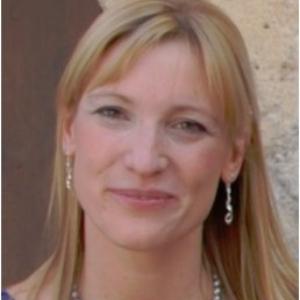 Dr. Véronique Bachy, Consultant, Asia Veterinary Diagnostics