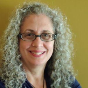 Dr Elaine Tobias